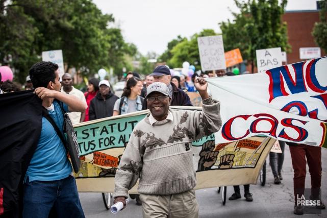 Une manifestation contre la déportation d'Haïtiens et de... (PHOTO OLIVIER PONTBRIAND, LA PRESSE)