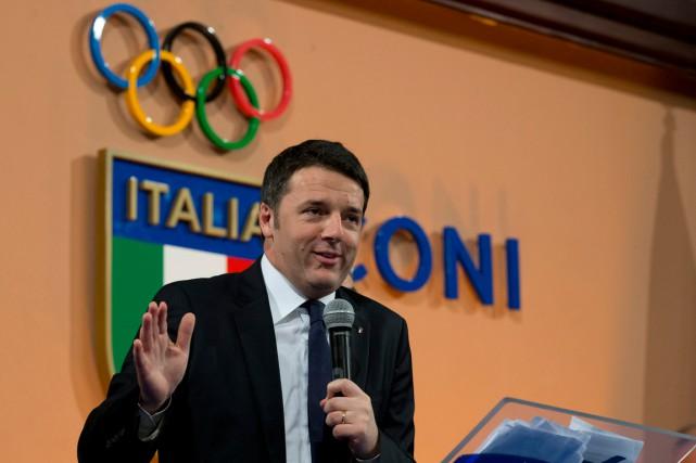 Le premier ministre italien Matteo Renzi a prononcé... (PHOTO ANDREW MEDICHINI, ARCHIVES AP)