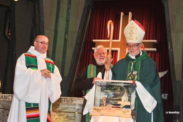 L'évêque du diocèse de Trois-Rivières, Mgr Luc Bouchard,... (Photo: Émilie O'Connor Le Nouvelliste)