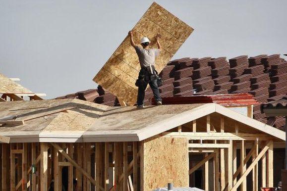 Faire bâtir une maison à Beauport ou à... (Archives AP)
