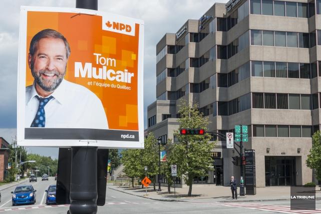 Les premières pancartes électorales ont fait leur apparition dans le paysage... (Imacom, Frédéric Côté)