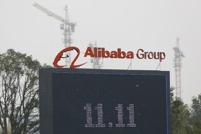 Le numéro un chinois de la vente en ligne Alibaba a vu son bénéfice net presque... (PHOTO ARCHIVES REUTERS)