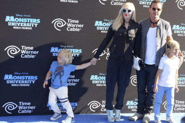 Gwen Stefani et Gavin Rossdale en compagnie de... (PHOTO ARCHIVES AFP)