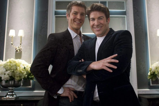 Steven Sabados et Chris Hyndman, coanimateurs de l'émission... (PHOTO ARCHIVES LA PRESSE CANADIENNE)