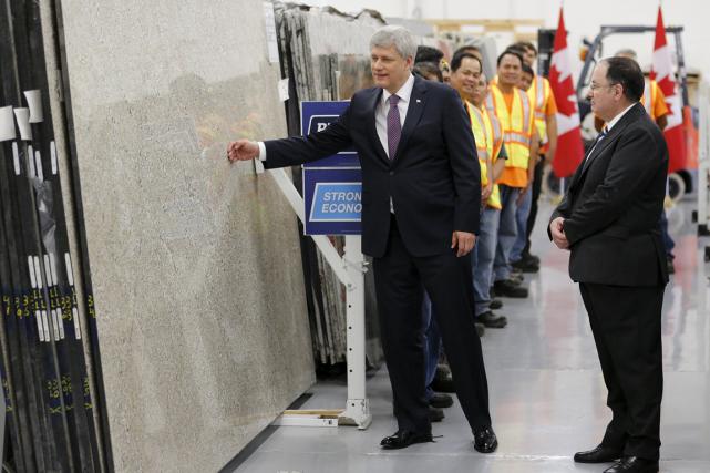 Les conservateurs ont présenté cet engagement comme un... (PHOTO REUTERS)