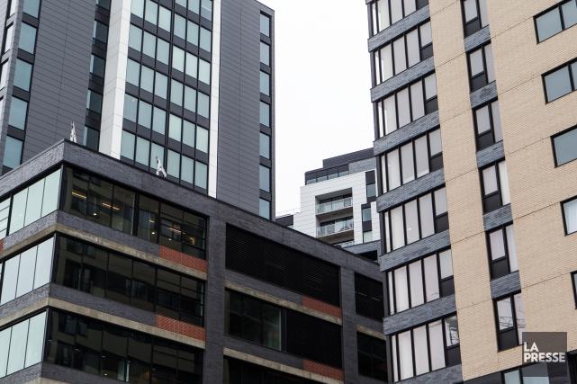 Le quartier Griffintown est en plein boom immobilier.... (PHOTO OLIVIER PONTBRIAND, ARCHIVES LA PRESSE)