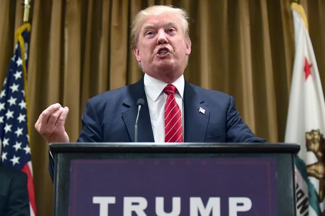 La recette de Donald Trump apparaîtsimple. Plus il... (AFP, FREDERIC J. BROWN)