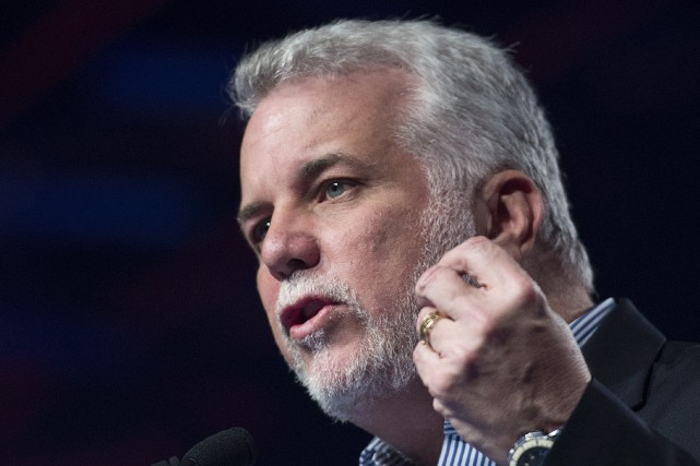 Le premier ministre Philippe Couillard.... (Photo Graham Hughes, ARCHIVES La Presse Canadienne)