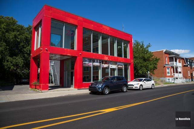 Le bâtiment du magasin ZU Zone Urbaine, situé à l'entrée du centre-ville sur la... (Photo: Olivier Croteau Le Nouvelliste)