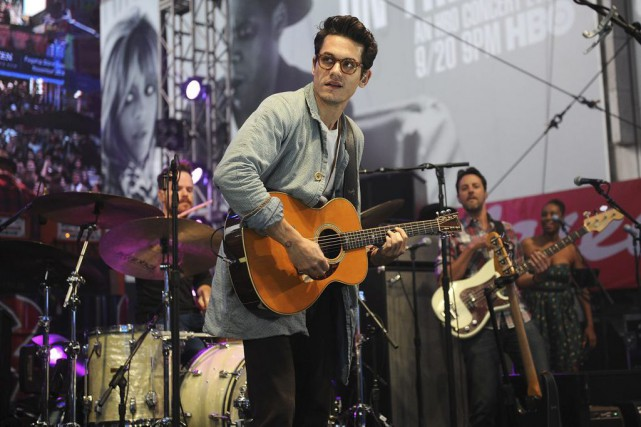 John Mayer... (PHOTO ARCHIVES AP)