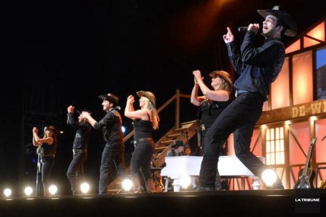 Le spectacleCow-Boys, de Willie à Dolly,de la... (Archives La Tribune, Maxime Picard)