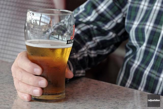Chantal L. avait tout juste 25 ans lorsqu'elle a admis être alcoolique.... (Archives, Le Quotidien)