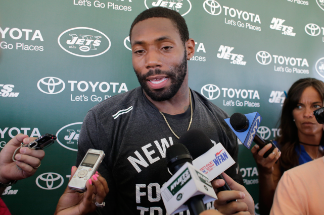 Le demi de coin des Jets de New... (Photo Frank Franklin II, AP)