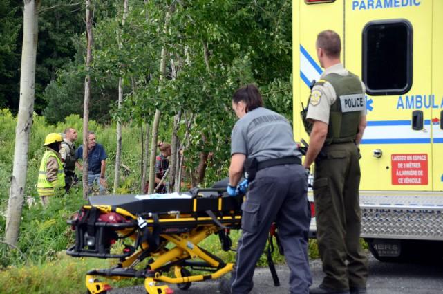 La victime a été transportée au centre hospitalier.... (Photo collaboration spéciale Éric Beaupré)