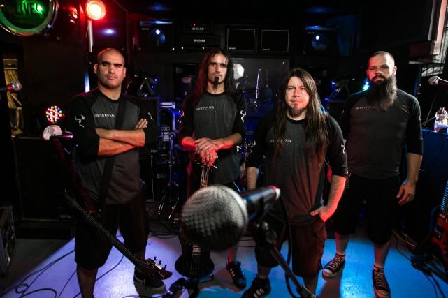 Daniel Souto, Oscar Souto, Carlos Araya et Jef... (PHOTO HUGO-SÉBASTIEN AUBERT, LA PRESSE)