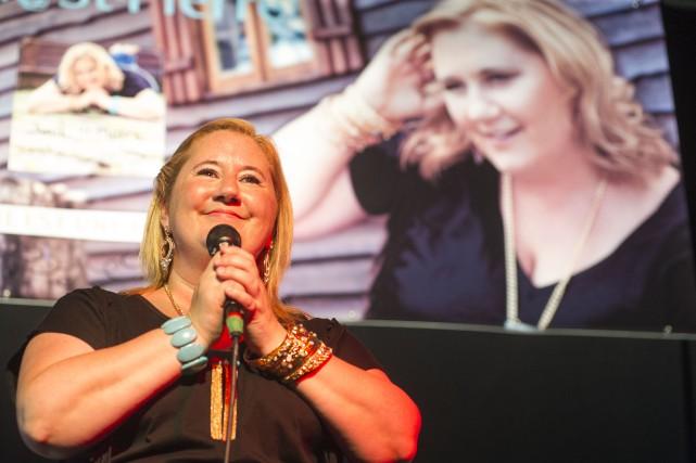 Anik Saint-Pierre apparaissait particulièrement heureuse de chanter des... (Photo: Krystine Buisson)