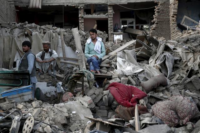 Un attentat au camion piégé a dévasté tout... (Photo Ahmad Masood, Reuters)
