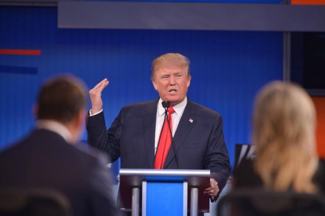 Donald Trump s'exprime durant le débat télévisé entre... (Photo MANDEL NGAN, AFP)
