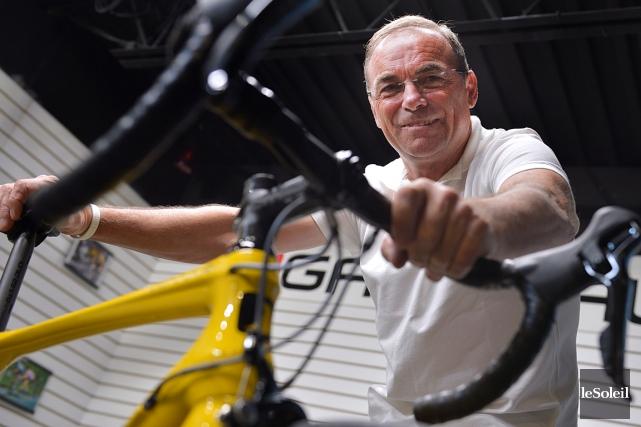 Le légendaire cycliste français Bernard Hinault a qualifié... (Le Soleil, Yan Doublet)