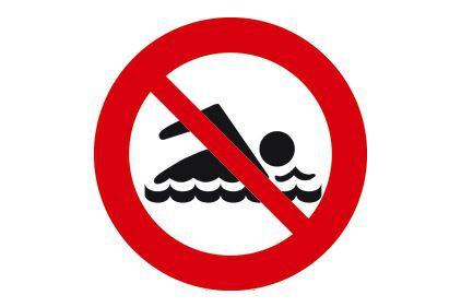 Des baigneurs qui ont fait fi des avertissements et interdictions d'accès dans...