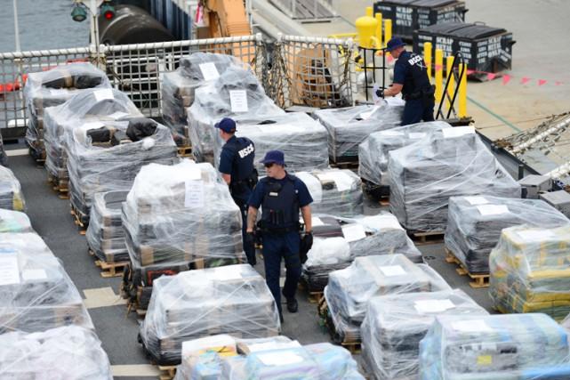 Quelque 29,9 tonnes de cocaïne d'une valeur de plus d'un milliard de dollars... (PHOTO AFP)