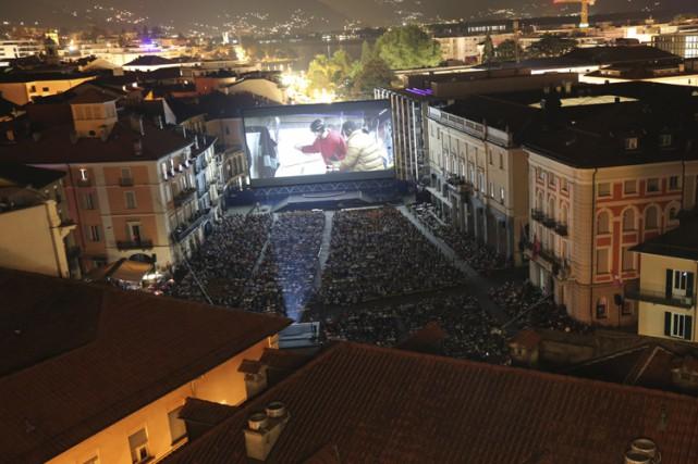 Des milliers de spectateurs ont rempli la Piazza... (PHOTO ALINE D'AURIA, FOURNIE PAR LE FESTIVAL DE LOCARNO)