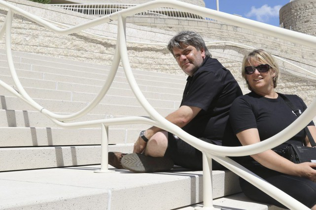L'artificier Christopher Byl et son épouse Marie-Andrée Schollaert...
