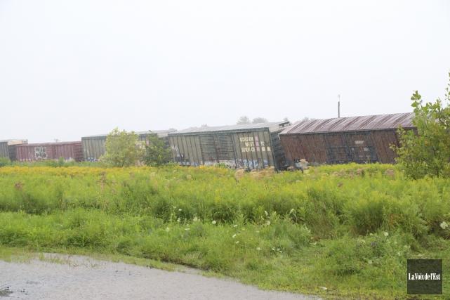 Un déraillement impliquant 15 wagons est survenu à... (photo Janick Marois, La Voix de l'Est)