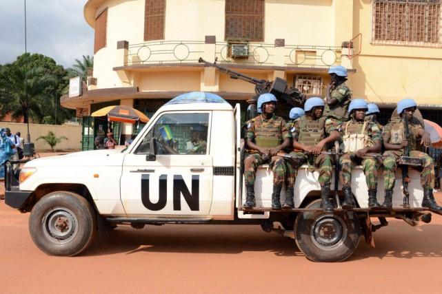 Un Casque bleu de la mission de l'ONU en Centrafrique (Minusca) est accusé... (Photo PACOME PABANDJI, archives AFP)