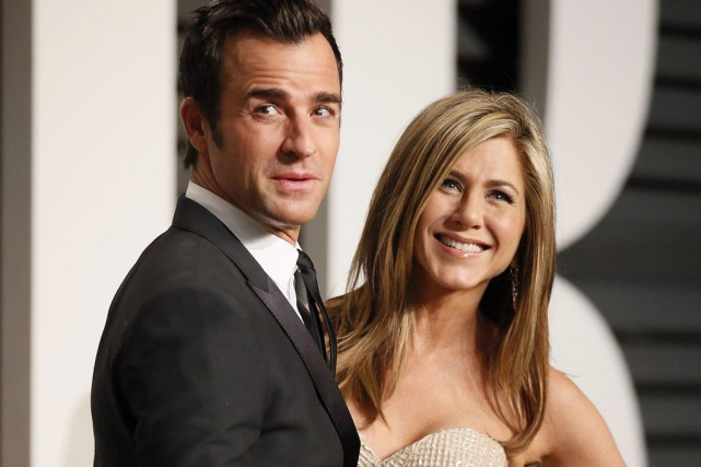 Justin Theroux et Jennifer Aniston en février dernier.... (PHOTO ARCHIVES REUTERS)