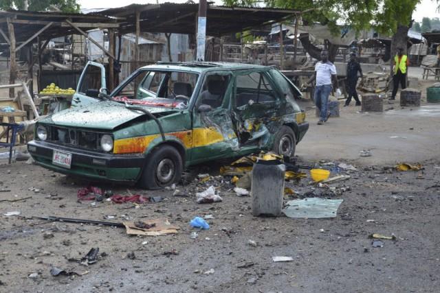 Une bombe a explosé dans une voiture dans... (Photo Jossy Ola, archives AP)