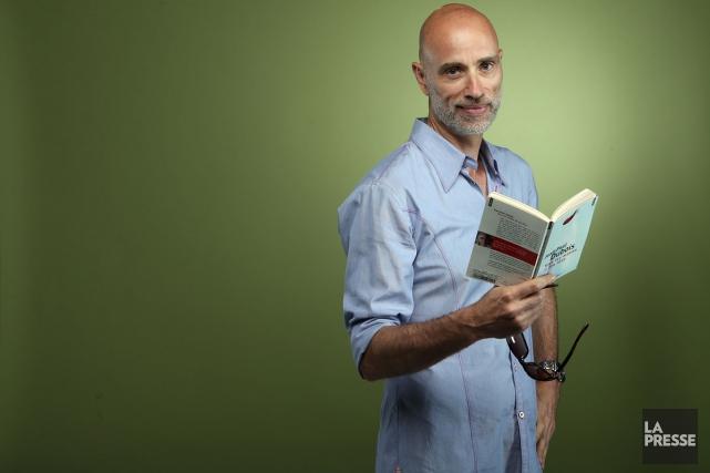Chaque semaine, nous demandons à un artiste des suggestions de lecture pour... (PHOTO MARTIN CHAMBERLAND, LA PRESSE)
