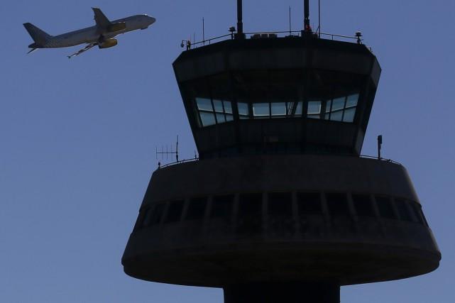 Selon le rapport, près de deux contrôleurs sur... (Photo Reuters)