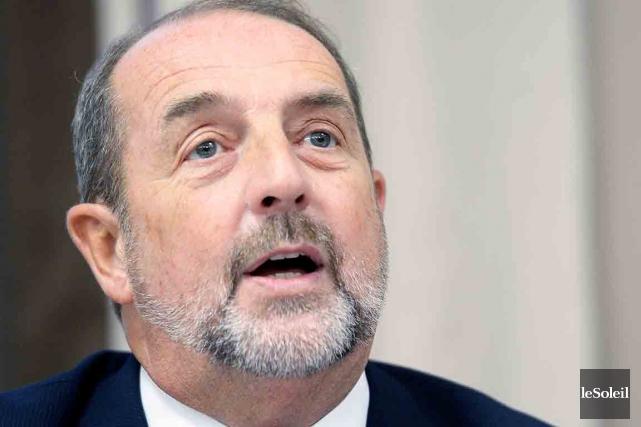Denis Lebel dénonce la stratégie de la FTQ... (Photothèque Le Soleil, Jean-Marie Villeneuve)