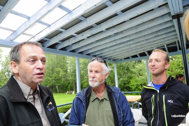 Gerry Desmeules a reçu la visite du fondateur... ((Photo Le Quotidien, Gimmy Desbiens))