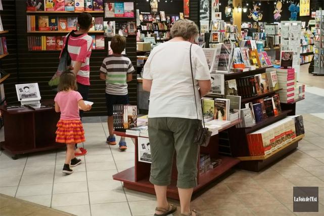 À pareille date, l'an dernier, il s'est vendu 49% plus de livres québécois que... (PHOTO LA VOIX DE L'EST)