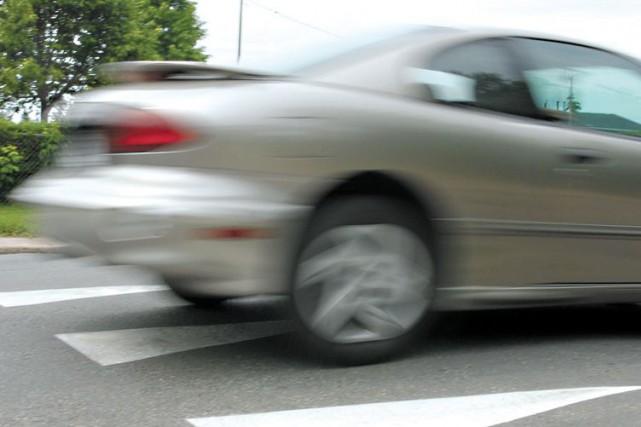 Un conducteur dans la vingtaine ne semble toujours pas avoir compris les... (Archives, LeDroit)