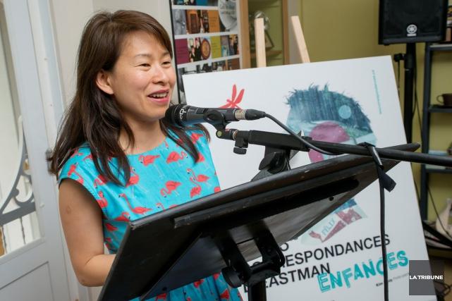 Kim Thùy agissait comme porte-parole de la 13e... (Imacom, Frédéric Côté)