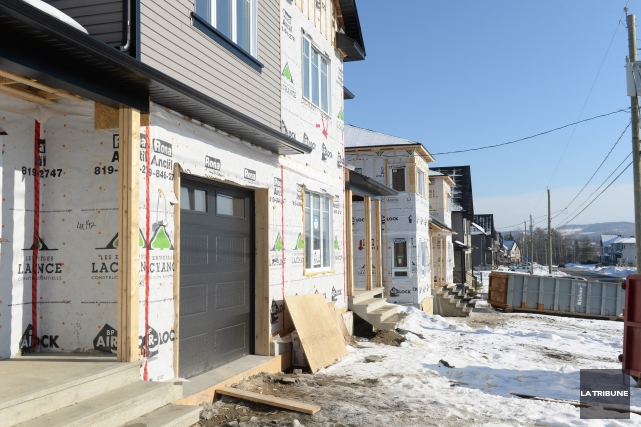 La tendance des mises en chantier d'habitations dans la région métropolitaine... (ARCHIVES LA TRIBUNE)