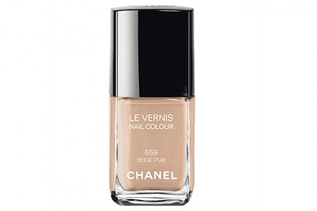 Vernis à ongles Le Vernis nuance Beige Pur,... (PHOTO FOURNIE PAR CHANEL)