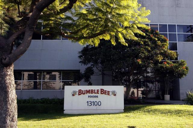 La société californienne de thon en boîte Bumble Bee Foods va devoir payer une... (PHOTO AP)