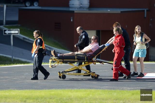 Un touriste européen a été transporté en hélicoptère... ((Photo Le Quotidien, Jeannot Lévesque))