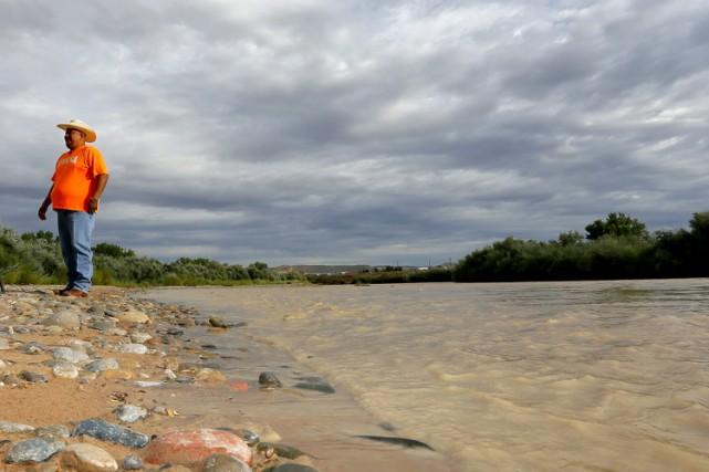 Plus de 11,4 millions de litres de déchets... (PHOTO AP)