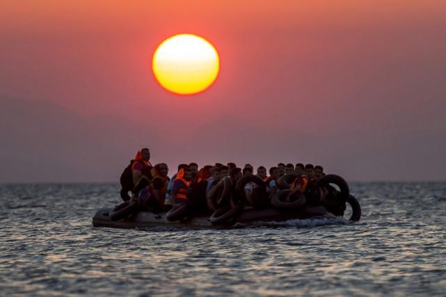 L'île grecque de Kos, débordée comme tout l'est de la mer Égée par l'afflux de... (Photo Alexander Zemlianichenko, AP)
