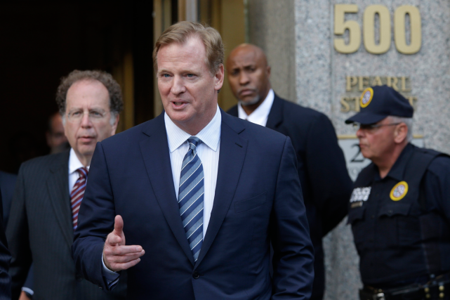 Le commissaire de la NFL, Roger Goodell.... (Photo Mary Altaffer, AP)