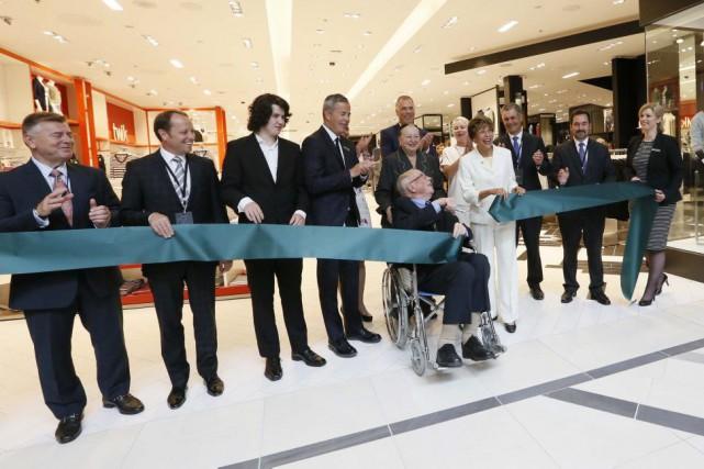 Le magasin Simons des Promenades Gatineau a ouvert...
