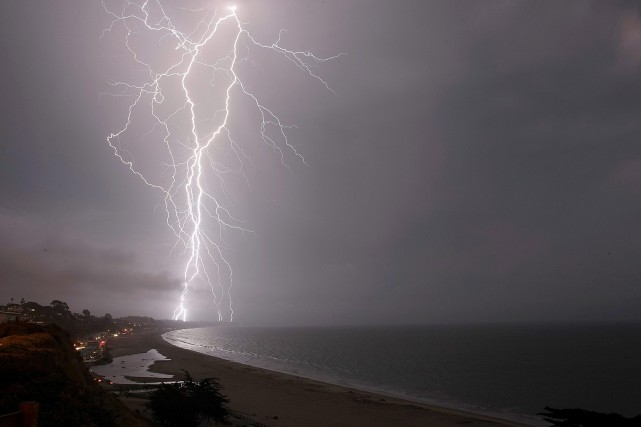 El Niño intensifie la formation de tempêtes dans... (PHOTO AP)