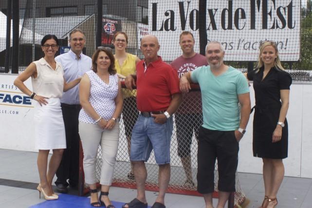 Le comité organisateur du tournoi: Viki Viens, Jean-Yves... (photo fournie par Je pars du bon pied)