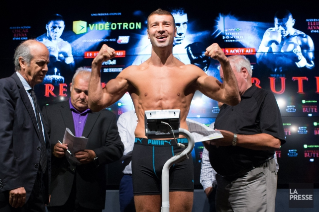 Lucian Bute... (PHOTO MARTIN TREMBLAY, LA PRESSE)
