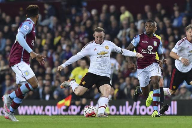 Wayne Rooney a déçu et a semblé hors... (PHOTO BEN STANSALL, AFP)